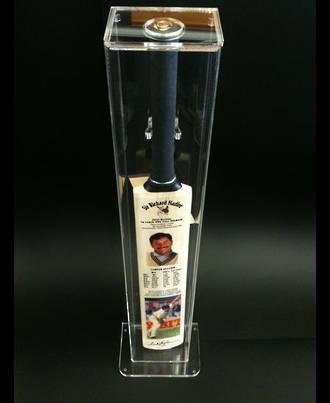 Sir Richard Hadlee Signed Cricket Bat